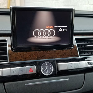 Audi black display issue