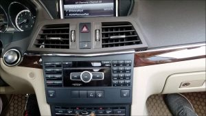How-to-Remove-Radio-Navigation-Command-from-Mercedes-2013-E350-for-Repair.