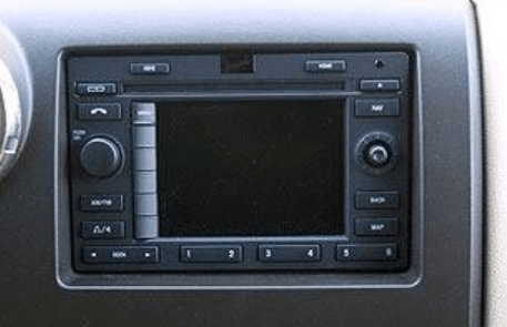 Ford_Expedition_Navigation_CD_Player_03-06