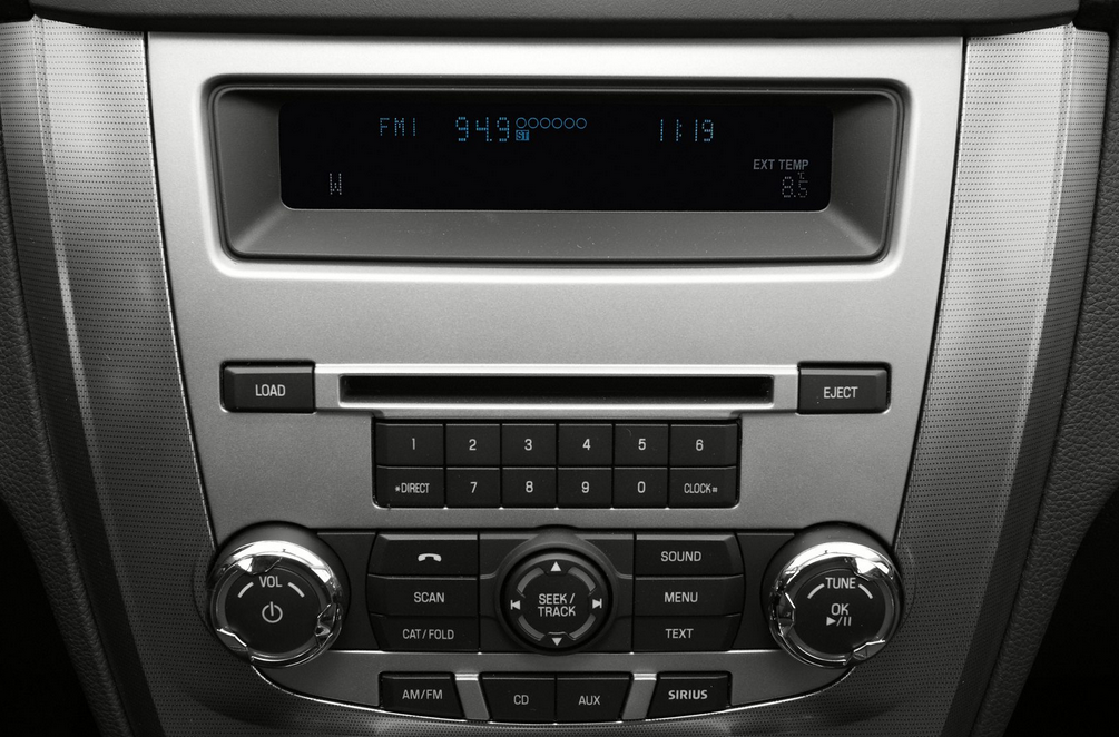 Ford_Fusion_Radio_CD_Player_10-12