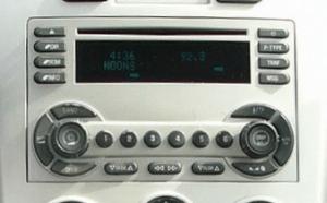 Chevy_Equinox_Radio_CD_Player_05-07