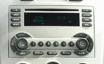 Chevy_Equinox_Radio_CD_Player_05-07