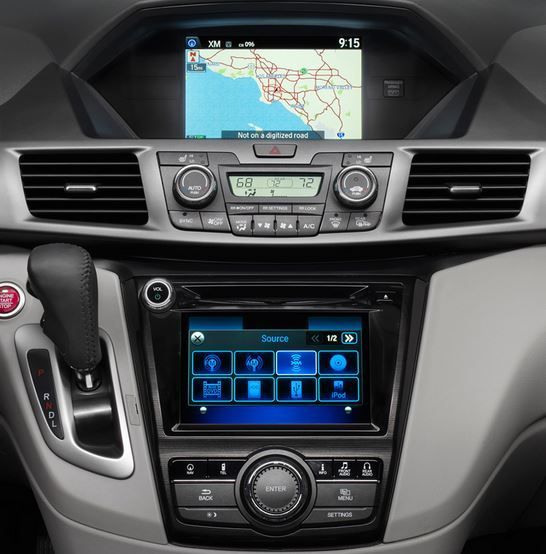 honda-odyssey-navigation-cd-changer-2014to2015-cropped