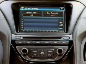 Hyundai_Genesis_Radio_Navigation_Display_12-15