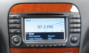 Mercedes_S_cd_player_03